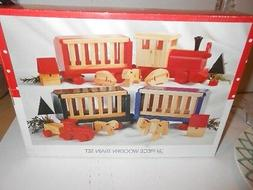 21 PC WOODEN TRAIN SET HOLIDAY W/ACCESSORIES CARS VILLAGE TR